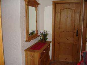 Apartment Gertrud Frey, Apartments  Baiersbronn - big - 11