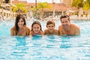 Los Pinos Resort & Spa Termal All Inclusive, Rezorty  Termas de Río Hondo - big - 66