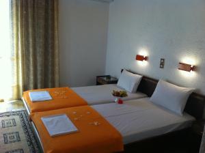 Angela Hotel, Hotely  Agia Marina Aegina - big - 8