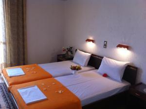 Angela Hotel, Hotely  Agia Marina Aegina - big - 5