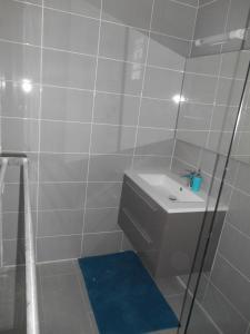 Le Domaine Turquoise, Апартаменты  Le Moule - big - 33