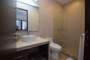Luxury 2 Bedroom Bahia Principe Condo, Апартаменты  Акумаль - big - 33