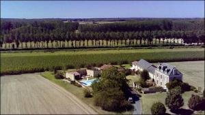 Villa avec piscine, Villen  Curçay - big - 4