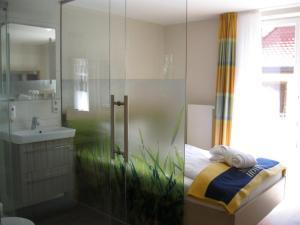 Seehotel OFF, Hotels  Meersburg - big - 11