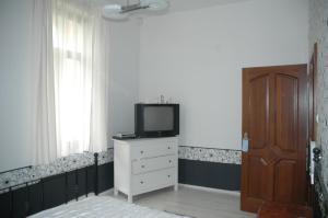 Annie Villa, Apartments  Siófok - big - 13