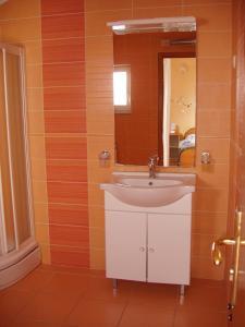 Villa Toni, Apartmány  Sveti Filip i Jakov - big - 41