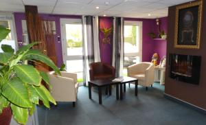 Inter-Hotel Blois Nord Le Cosy