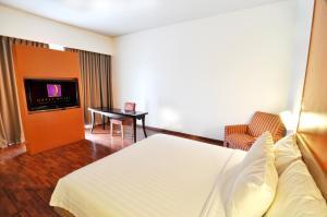 Quest Hotel Semarang, Отели  Семаранг - big - 8