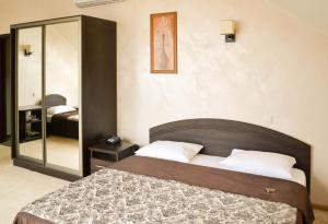 Leibova Gora, Bed and breakfasts  Zhuraky - big - 10