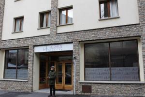 Hermus Centre Vila, Szállodák  Encamp - big - 39