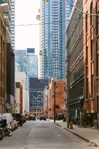 QuickStay - Classy 5bdrm House in Vaughan, Prázdninové domy  Toronto - big - 30