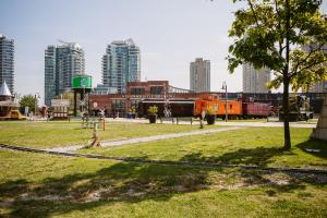 QuickStay - Classy 5bdrm House in Vaughan, Prázdninové domy  Toronto - big - 29