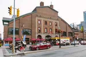QuickStay - Classy 5bdrm House in Vaughan, Case vacanze  Toronto - big - 26