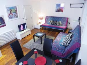 Tottenham Mews Apartment