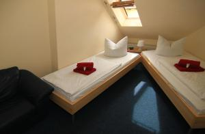 Double or Twin Room with Private External Bathroom