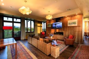 Hapuku Lodge & Tree Houses (7 of 45)