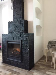 Apartment Premium on Engelsa, Apartmány  Mariupol' - big - 17