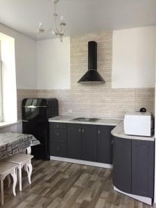 Apartment Premium on Engelsa, Apartmány  Mariupol' - big - 19