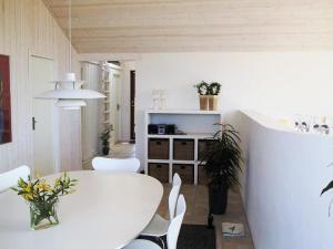 Holiday Home Lønstrup Harerenden 076160, Case vacanze  Hjørring - big - 15