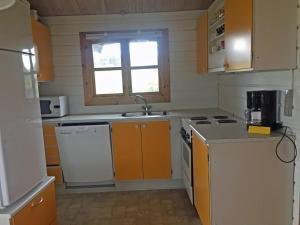 Holiday Home Lønstrup Skallerup 076437, Holiday homes  Hjørring - big - 14