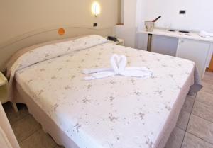 Hotel La Perla, Hotels  Cupra Marittima - big - 7