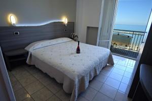 Hotel La Perla, Hotels  Cupra Marittima - big - 6