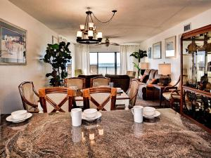 Surfside Condos 204, Apartmanok  Clearwater Beach - big - 12