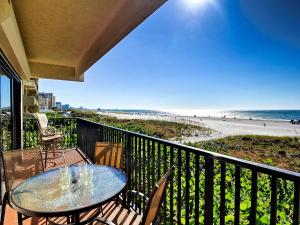Surfside Condos 204, Apartmanok  Clearwater Beach - big - 1