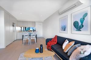 River View 2Bed APT+FREE CAR SPACE Mins to Mel CBD, Apartmanok  Melbourne - big - 2