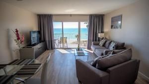 Beachfront Condo with Spectacular Gulf View - Apartment - Longboat Key