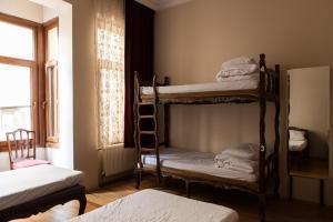 ドミトリールーム(4人部屋) 女性用 ベッド1名分