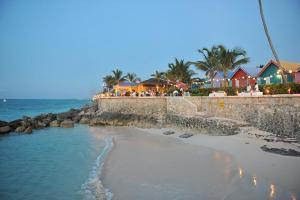 Compass Point Beach Resort (12 of 47)
