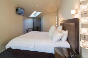 Shotover Penthouse & Spa, Apartmanok  Queenstown - big - 25