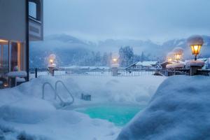 Alpen-Herz Romantik & Spa - Adults Only, Szállodák  Ladis - big - 110