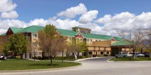 Crystal Inn Hotel & Suites - West Valley City