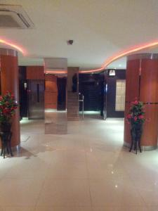Janatna Furnished Apartments, Aparthotels  Riyadh - big - 1