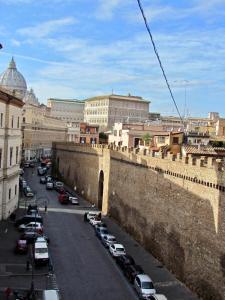 Brunelleschi Luxury Hostel - AbcRoma.com