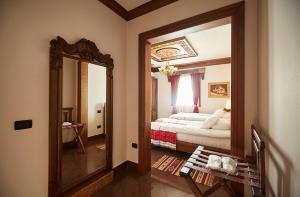 Brilant Antik Hotel, Hotely  Tirana - big - 24