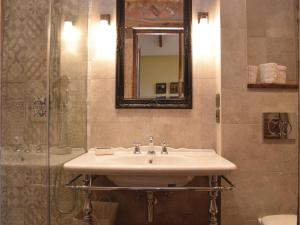 Three-Bedroom Holiday Home in Gournay-en-Bray, Case vacanze  Gournay-en-Bray - big - 7