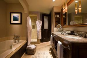 Madeline Hotel and Residences, an Auberge Resorts Collection, Hotely  Telluride - big - 31