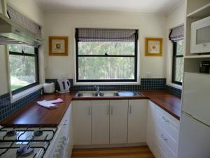 Banksia Lake Cottages, Ferienhöfe  Lorne - big - 5