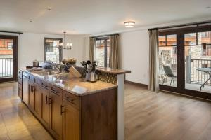 Madeline Hotel and Residences, an Auberge Resorts Collection, Hotely  Telluride - big - 13