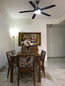 Homestay4u 14pax 2 Storey Vacation Homes, Nyaralók  Subang Jaya - big - 3