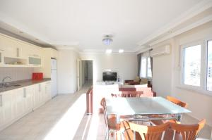 M.Tasdemir Apartment, Apartmanok  Alanya - big - 17