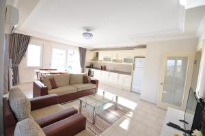 M.Tasdemir Apartment, Apartmanok  Alanya - big - 16