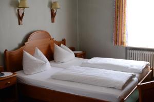 Gasthof & Hotel Goldene Krone, Hotely  Iphofen - big - 10