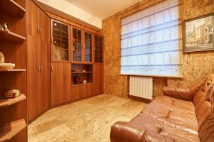 Royal Apartment on Petrozavodskaya, Апартаменты  Москва - big - 21