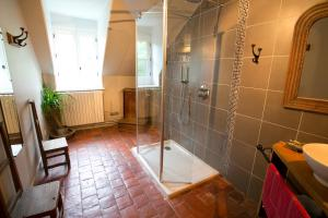 B&B Vassy Etaule, Bed & Breakfast  Avallon - big - 75