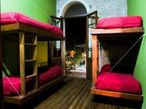 La Casa De Arriba Hostel Rosario, Ostelli  Rosario - big - 5
