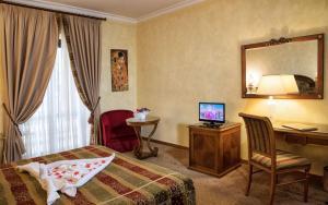 Grand Hotel Helio Cabala, Hotely  Marino - big - 10